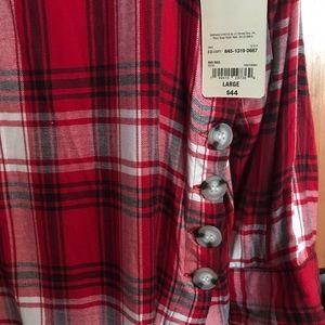 St. John's Bay Tops - St. John's Bay long sleeve Flannel